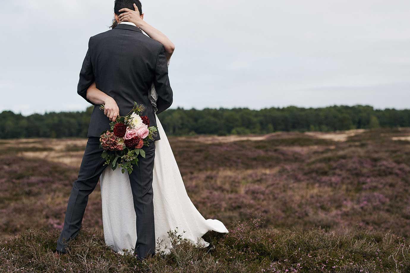 Hochzeit in der Heidelandschaft von Wildeshausen