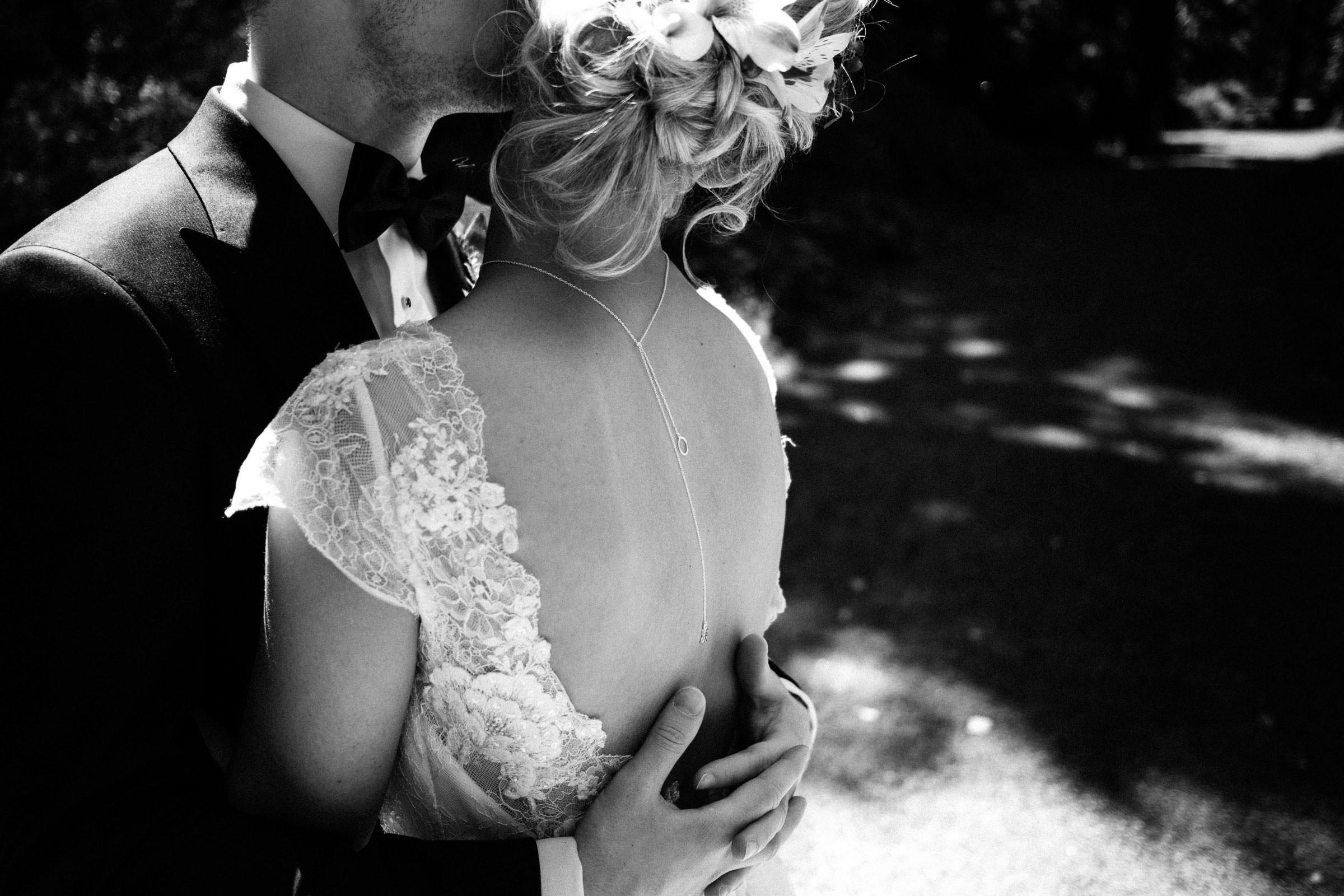 Brautkleid von Pronovias im Detail