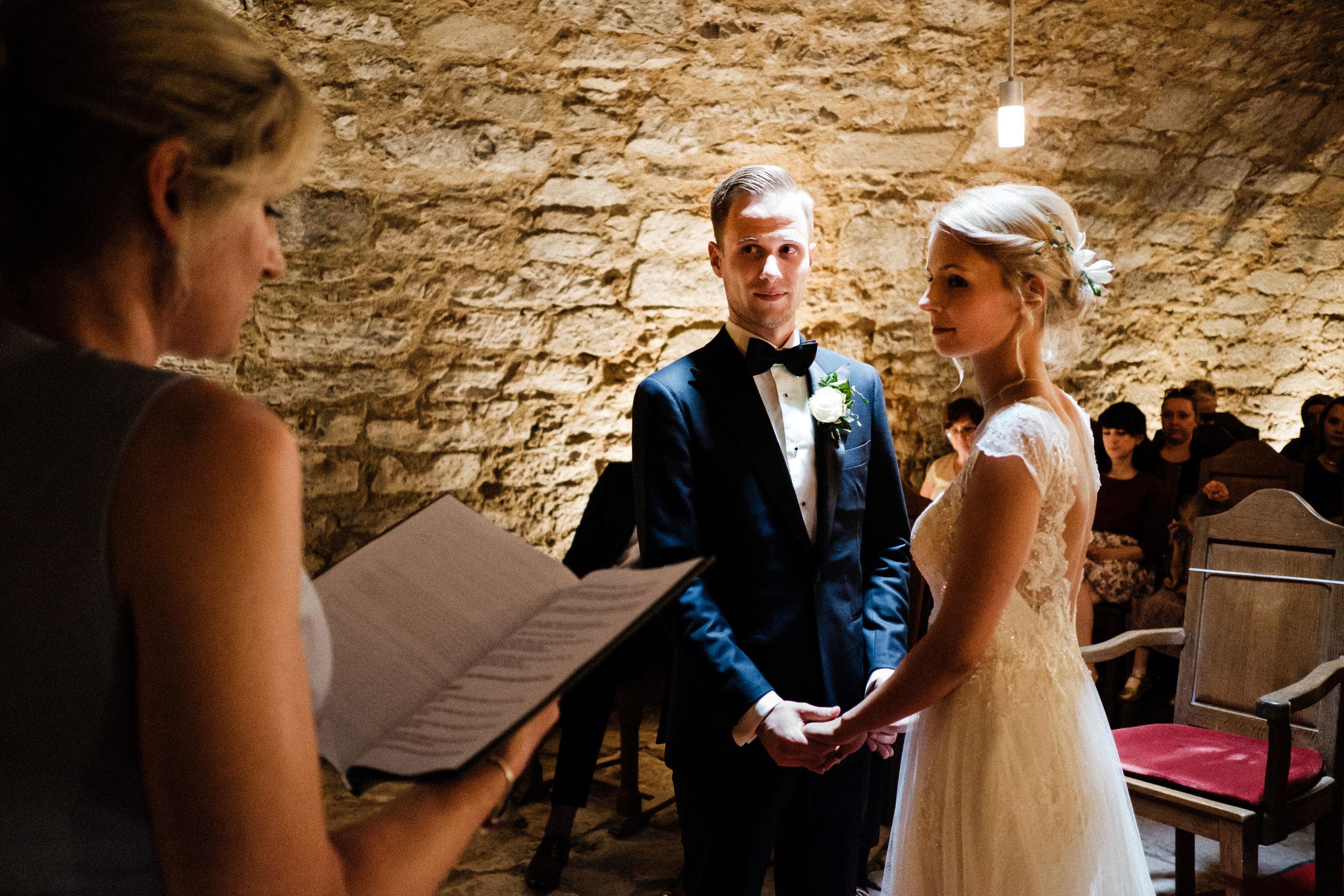 Hochzeitszeremonie in der Burg Hardenberg